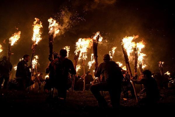 Camí de foc, Boí imatge
