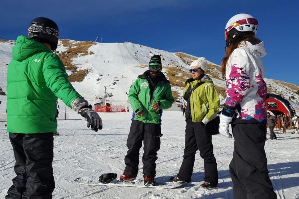 KIONE - Escola d'Esquí & Snowboard imatge